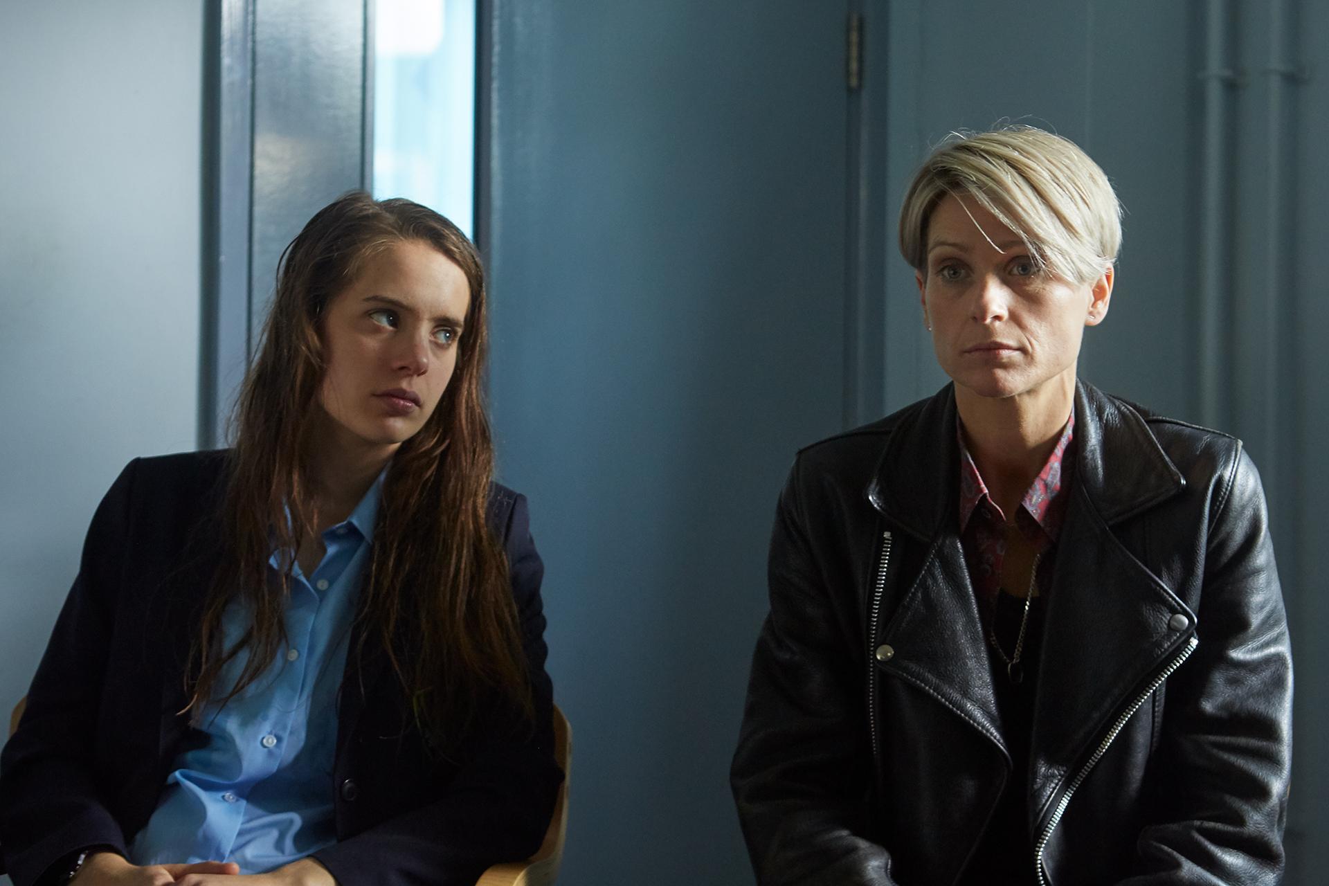 BOW_Still_5 (Fabienne Piolini-Castle as Pearl and Sian Brooke as Stephanie)